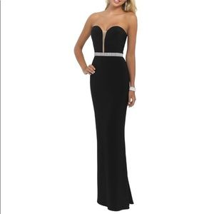 Strapless gown with sparkle trim